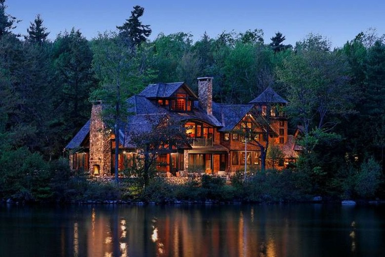 We Can't Get Enough of These Rustic Dream Homes (22 Photos) (1)