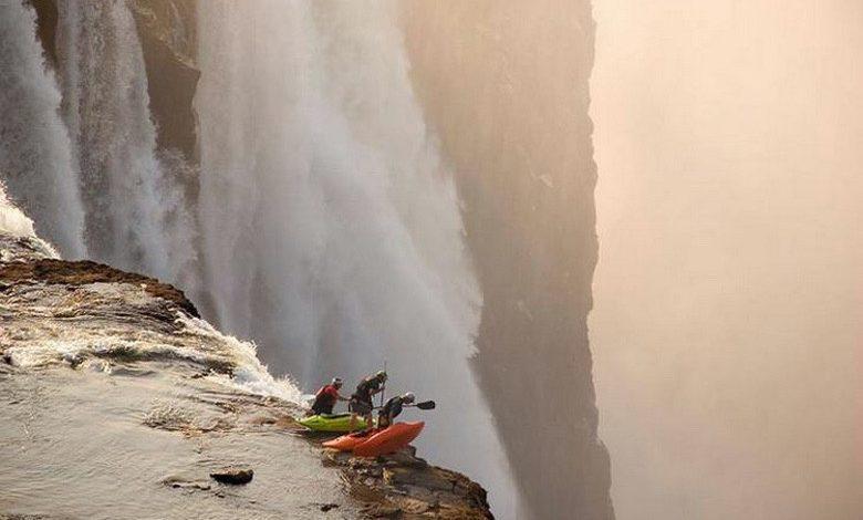 Photo of Adrenaline Junkies Like Living on the Edge (26 Photos)