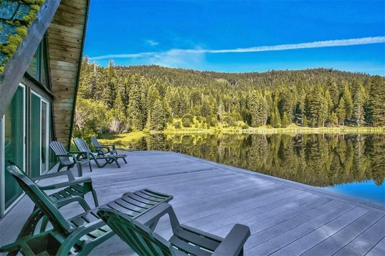 Dream House: California Fisherman's Paradise (1)
