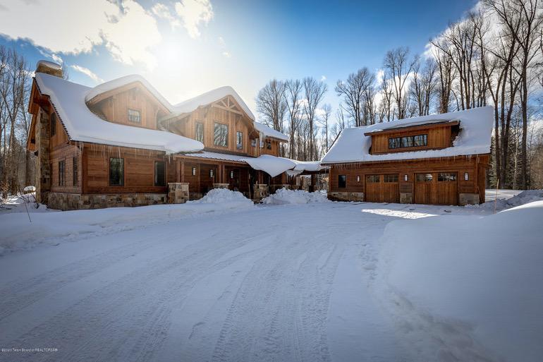 Dream House: Jackson Hole Rustic Luxury Home (1)