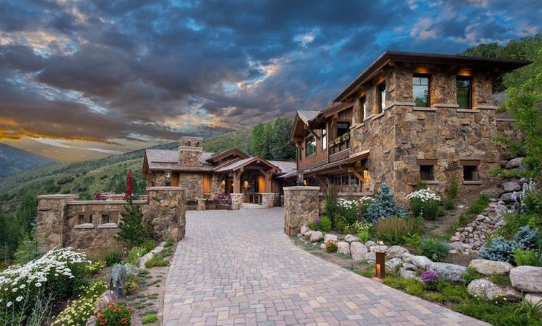 Photo of Dream House: Vail Stone & Wood Mansion (23 Photos)