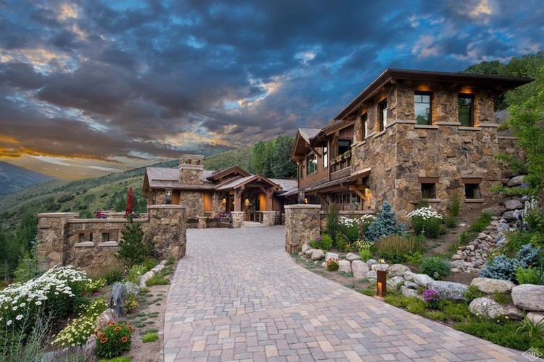 Dream House: Vail Stone & Wood Mansion (1)