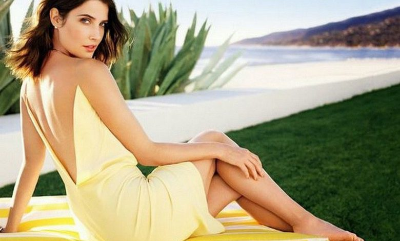 Photo of Women We Love: Cobie Smulders (28 Photos)