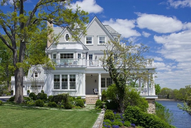 Dream House For Sale: New York Waterfront Estate (1)