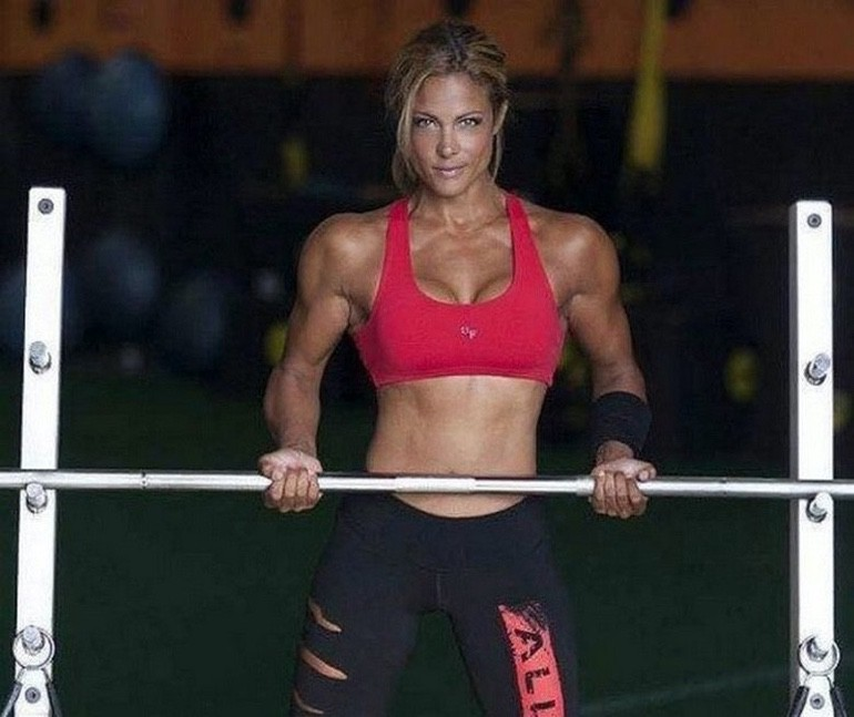 Strong is the New Sexy (1)