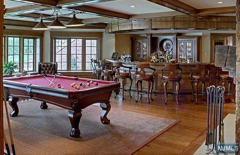 Billiard Man Caves (1)