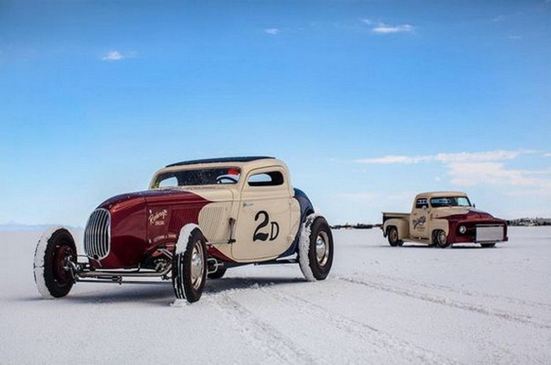 Suburban Men Afternoon Drive: Hot Rods and Rat Rods (4)
