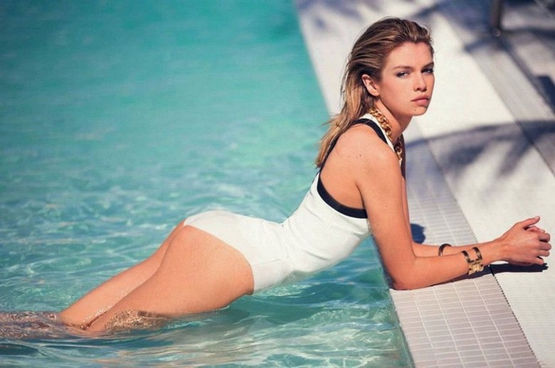 The Hottest 40 Women From the Past Week (1)