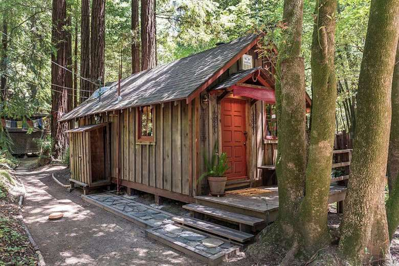 You Can Own This Perfect Tiny California Cabin (1)
