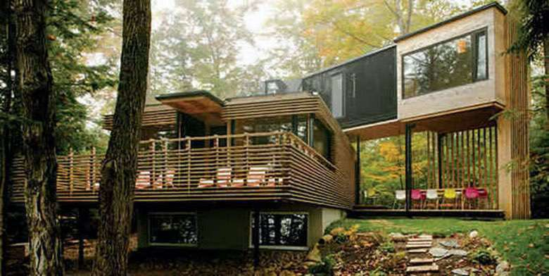 You Won't Believe These 18 Beautiful Homes Started as Shipping Containers (1)