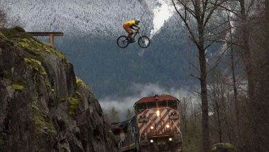 Photo of Adrenaline Junkies Living On the Edge (29 Photos)