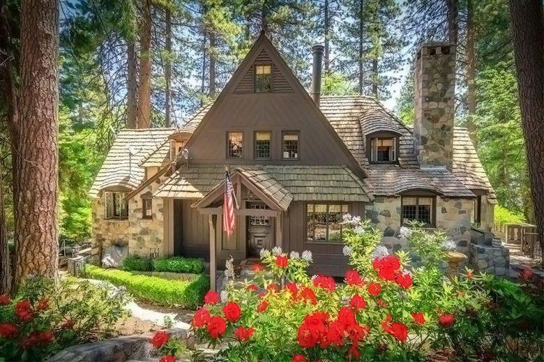 Dream House: 1940 Lake Arrowhead Lakefront Cottage (1)