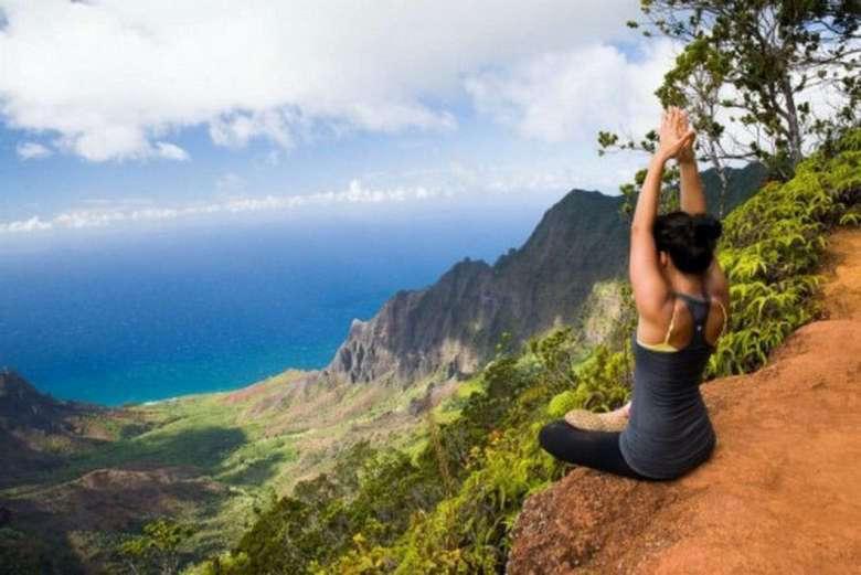 Suburban Men Monday Morning Fitness Workout Motivation Inspiration (4)