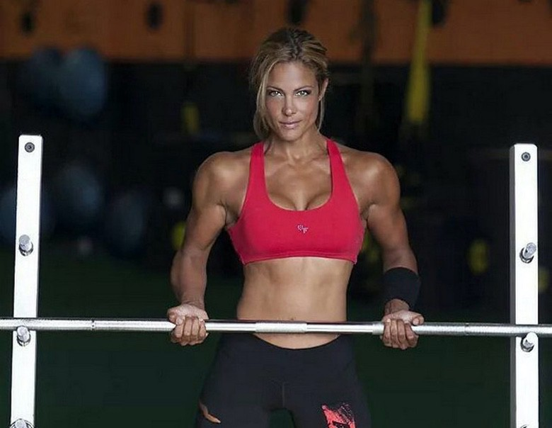Strong is the New Sexy Fitness Health Motivation (1)