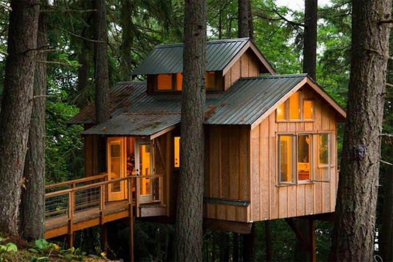 The 25 Coolest Adult Treehouses (1)