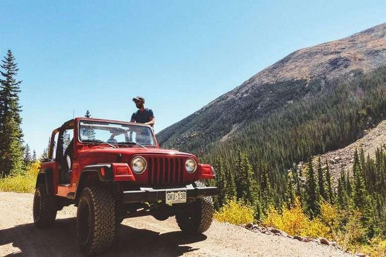 Suburban Men Afternoon Drive: Off-Road Adventurer (1)