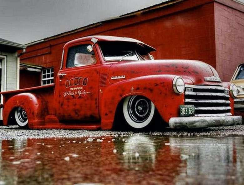 Suburban Men Afternoon Drive: Truck Yeah! (1)