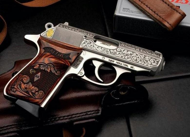 Gorgeous Custom Handguns (1)