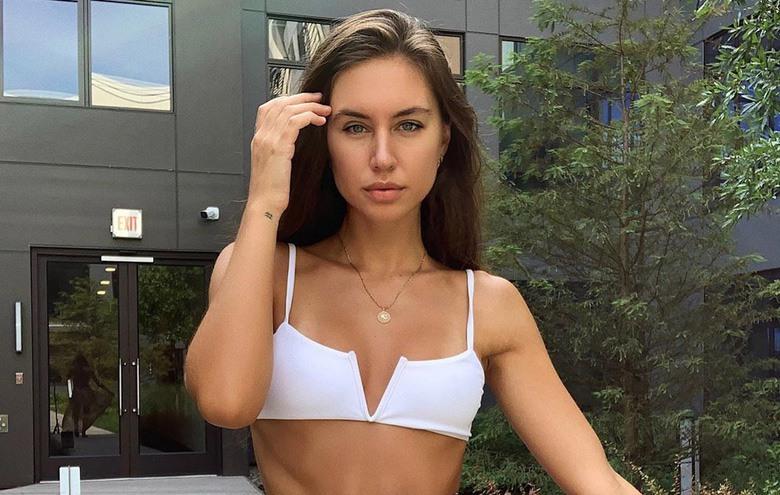 Instagram Crush: Brit Maneula Bikini Swimwear Lingerie Model (1)