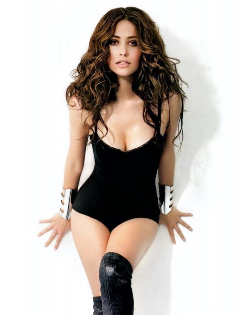 Hottest Woman 9/26/2014 - EMMY ROSSUM (Shameless)! | King