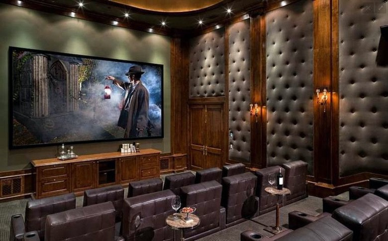 Suburban Men Awesome Home Theaters (1)