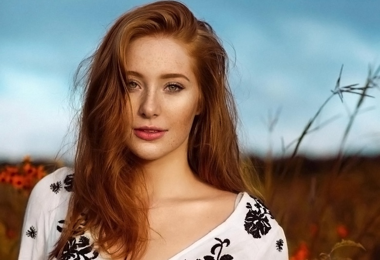 Instagram Crush : Gorgeous Redhead Model Madeline Ford (1)