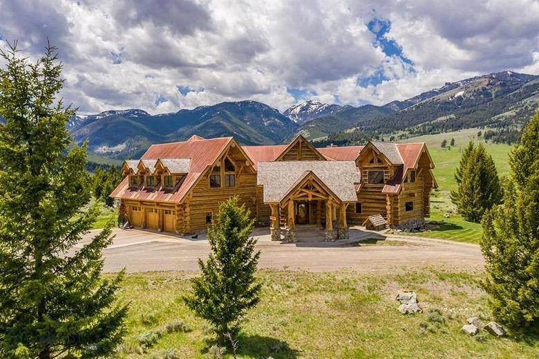Dream House: Montana Log Cabin Ranch