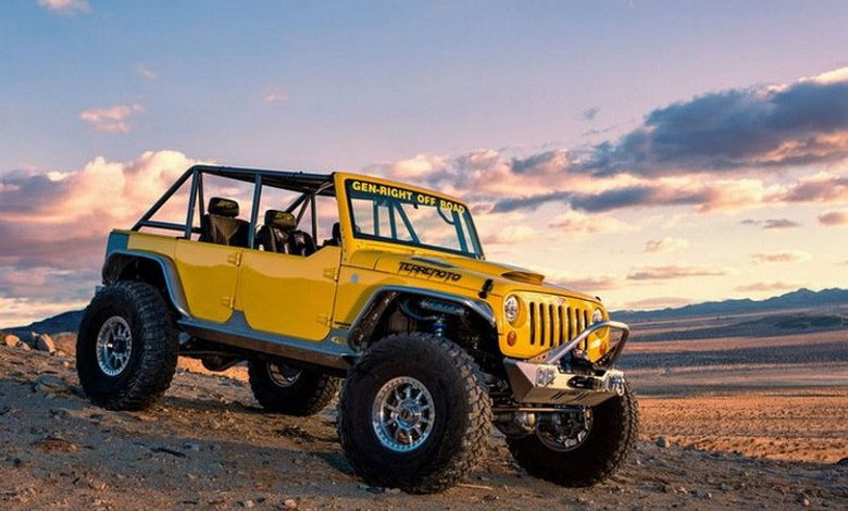 Suburban Men Afternoon Drive: Off-Road Adventures 4x4 Jeep Toyota Land Rover