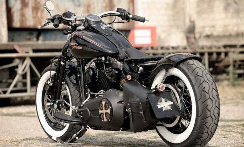 Suburban Men Afternoon Drive: Two-Wheeled Freedom Machines Motorcycles Harley-Davidson Indian Yamaha Kawasaki Honda