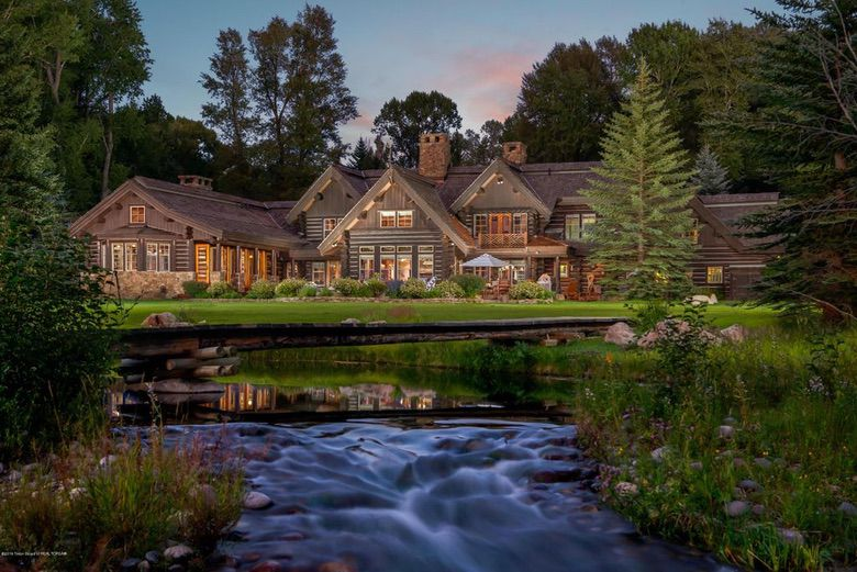 Suburban Men Dream House Luxurious Grand Teton Log Cabin