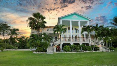 Dream House: Key West Oceanfront Bungalow