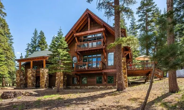 Dream House: Mammoth Lakes Woodsy Retreat